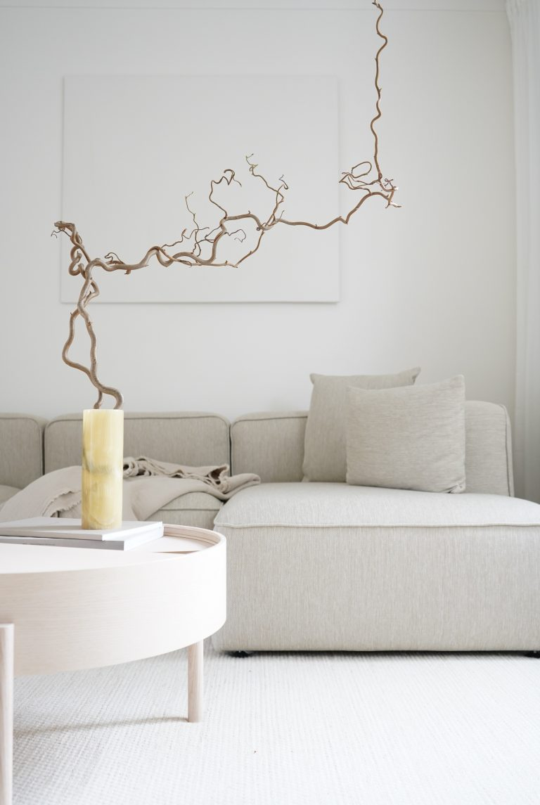 design sofa with chaise longue
