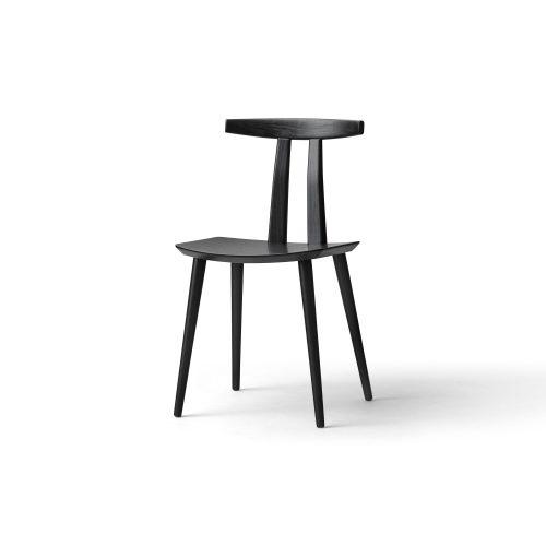 J111 - Spisebordsstol - Egetræ, sortlak