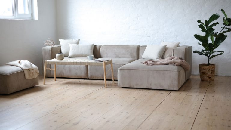 Design sofa with bench