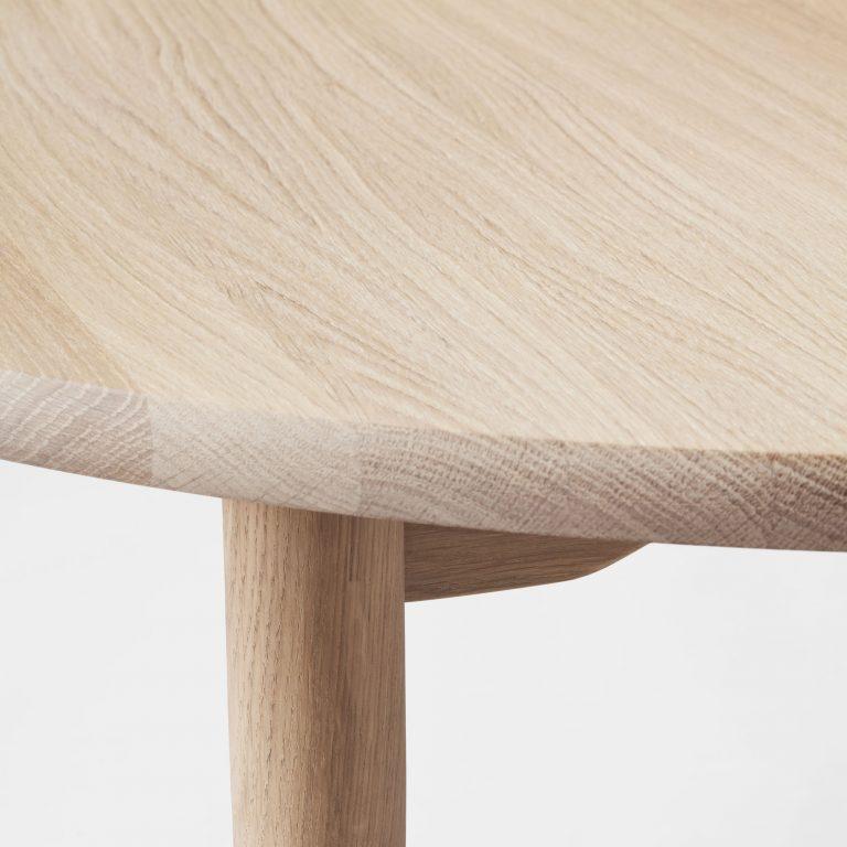 round dining table, oak white oil
